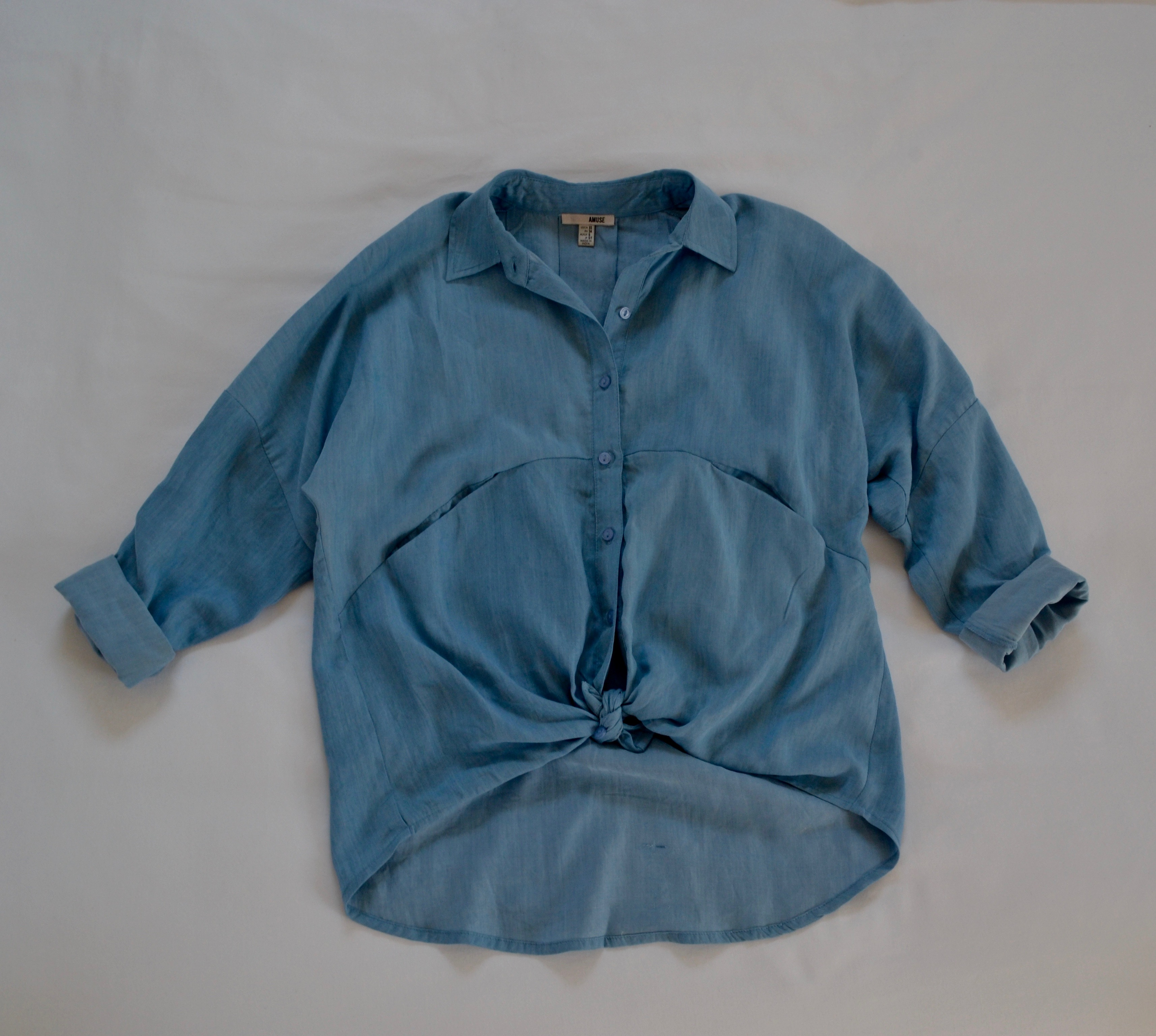 new-clothes-island-passage-top
